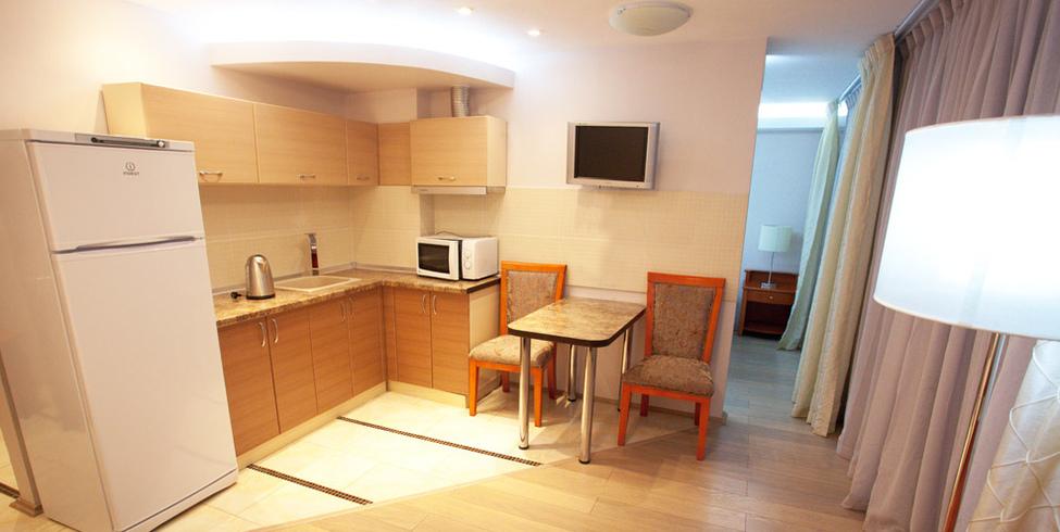 Апартаменты люкс 2-местный 3-комнатный (апарт-отель)