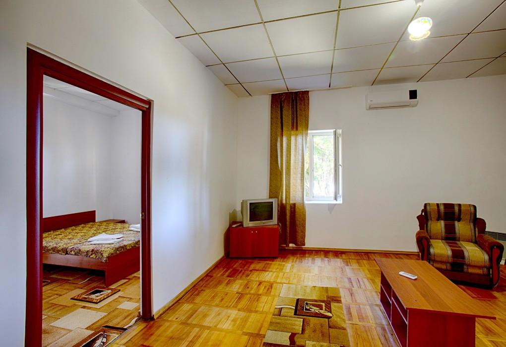 2-местный 2-комнатный люкс апартаменты