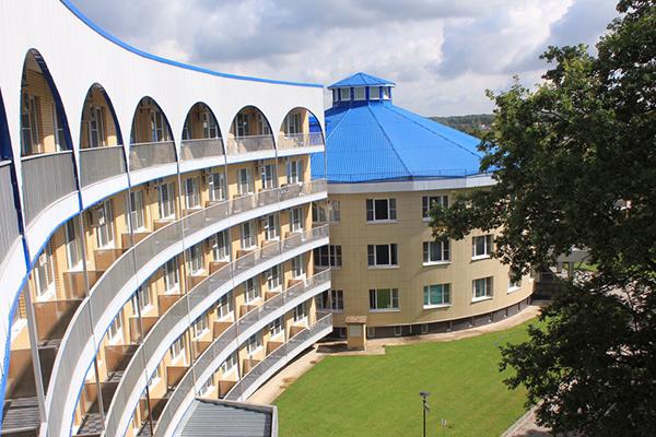 Вид отеля сверху
