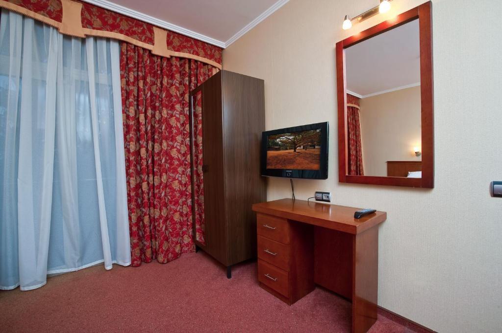 Люкс 2-местный 2-комнатный (3*)