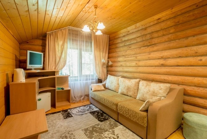 Люкс 2-местный 2-комнатный в Избе