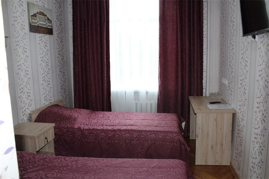 что-то вроде фото администраторов гостиницы буг брест абхазию