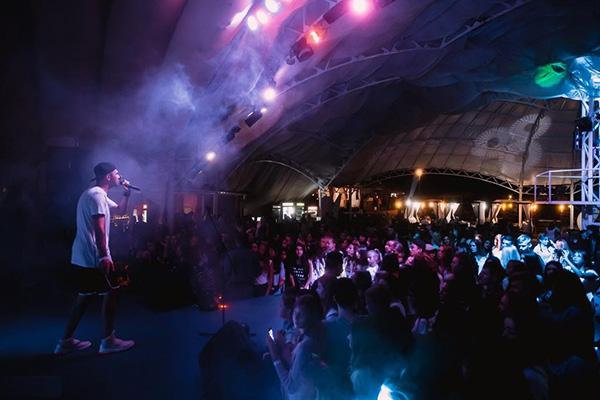 Ночной клуб AQUA DANCE