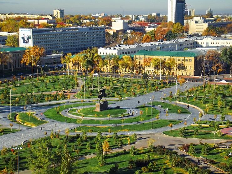 Площадь Амира Темура (Ташкент)
