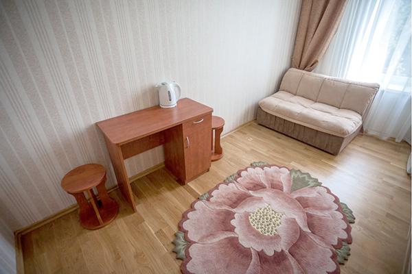 Апартаменты 2-местные 3-комнатные с кухней