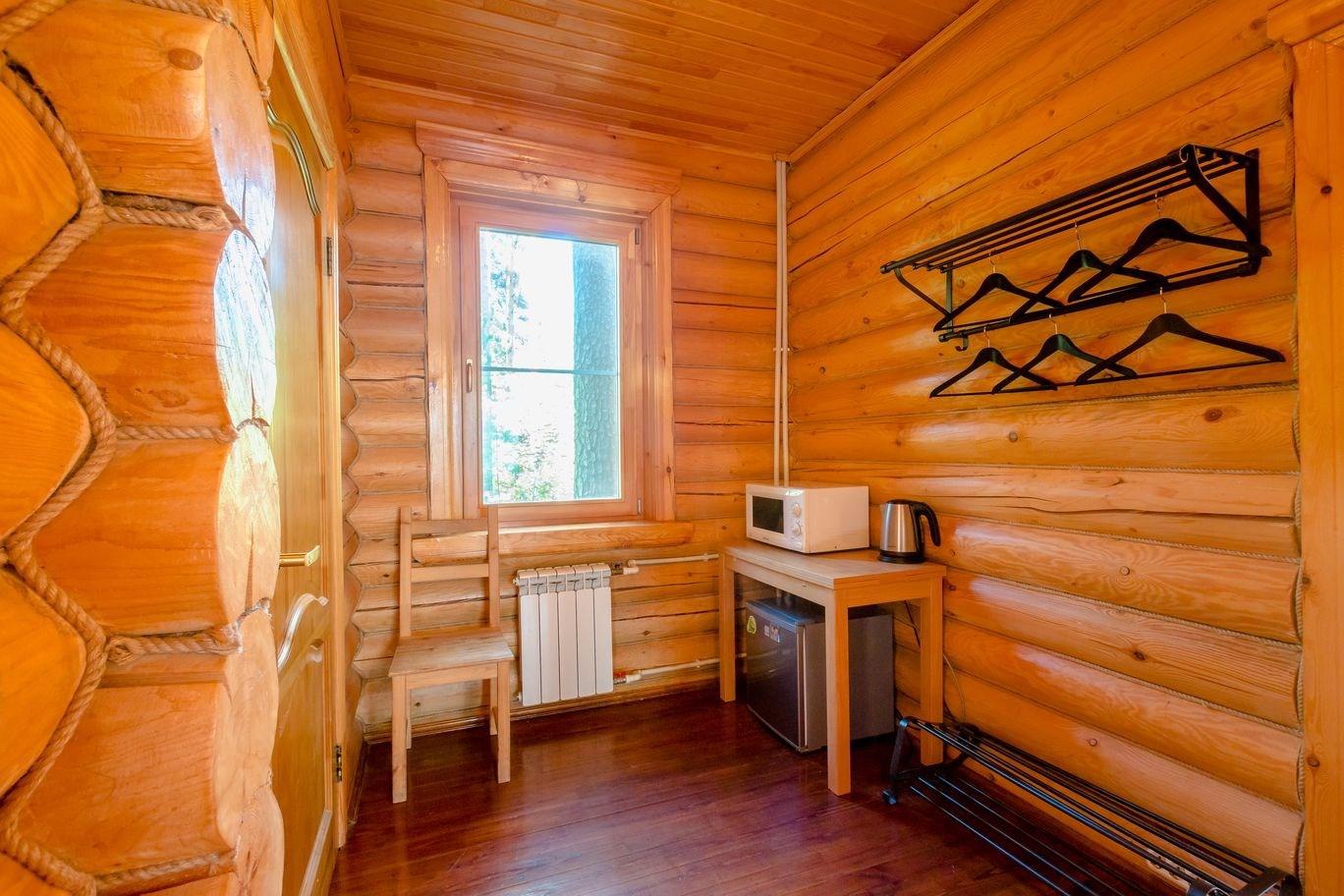 Люкс 4-местный 2-комнатный в коттеджах №5,6