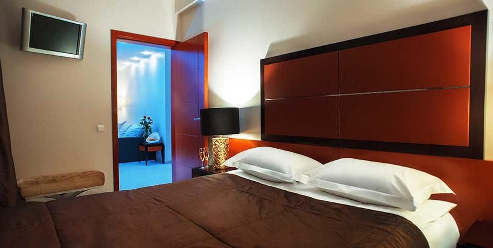 Люкс 2-местный 2-комнатный отель1