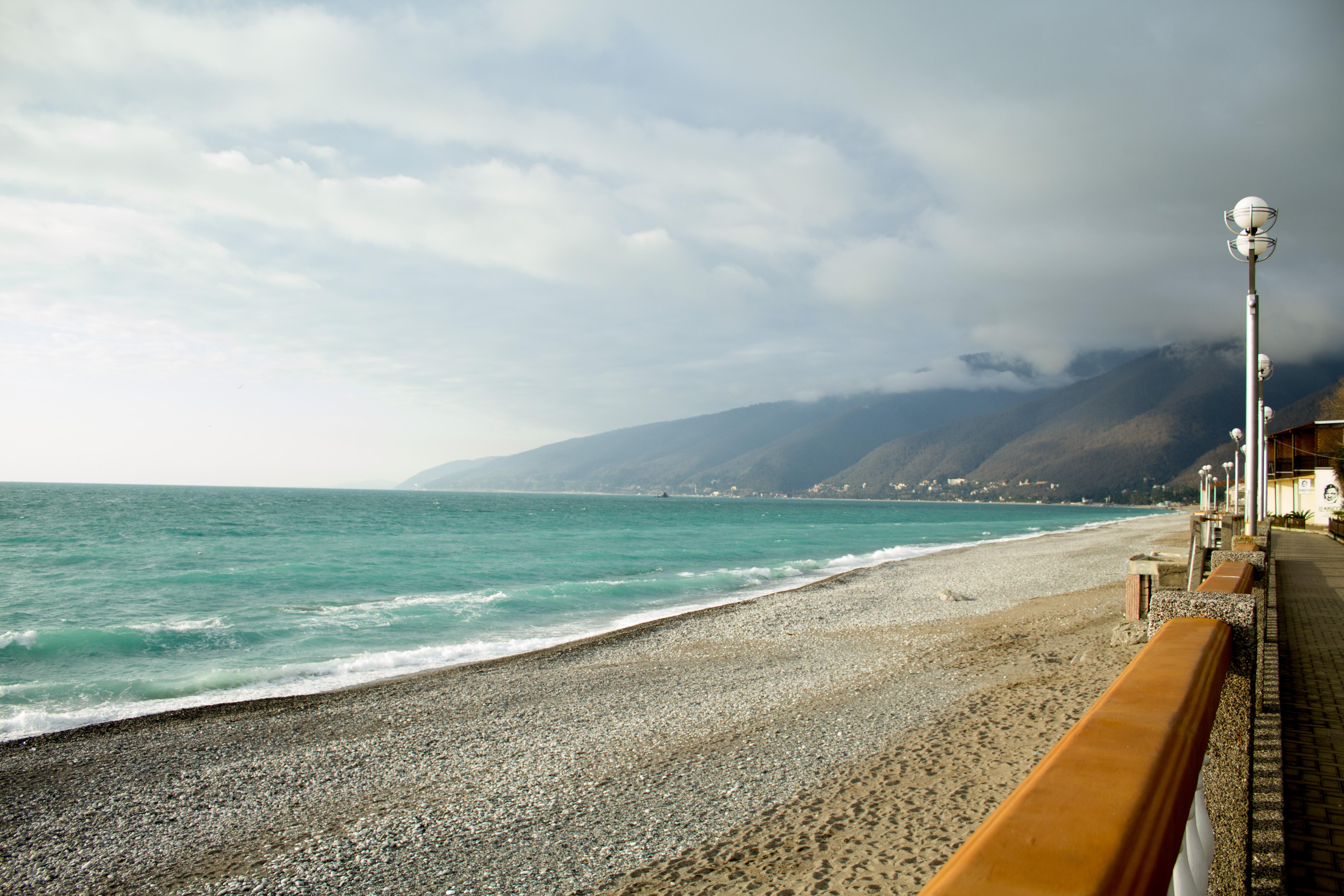 приехали, получили абхазия фото пляжей и набережной все-таки