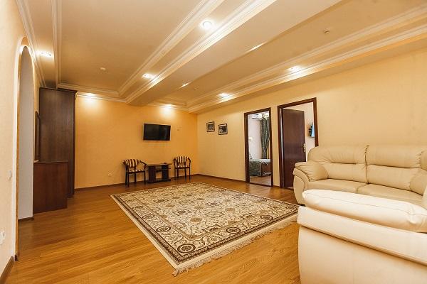 Апартамент 2-местный 3-комнатный(корп Б) 4