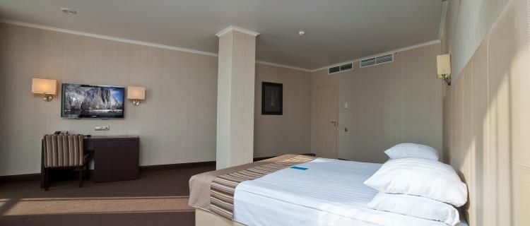 Люкс luxury 2-местный 2-комнатный (4*)