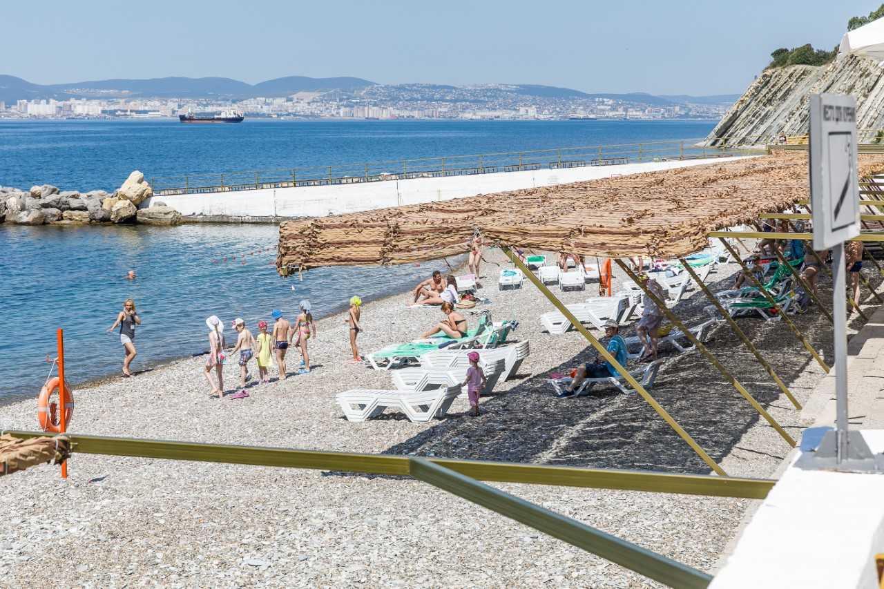 пляж пансионата кабардинка фото жители рассказывают также