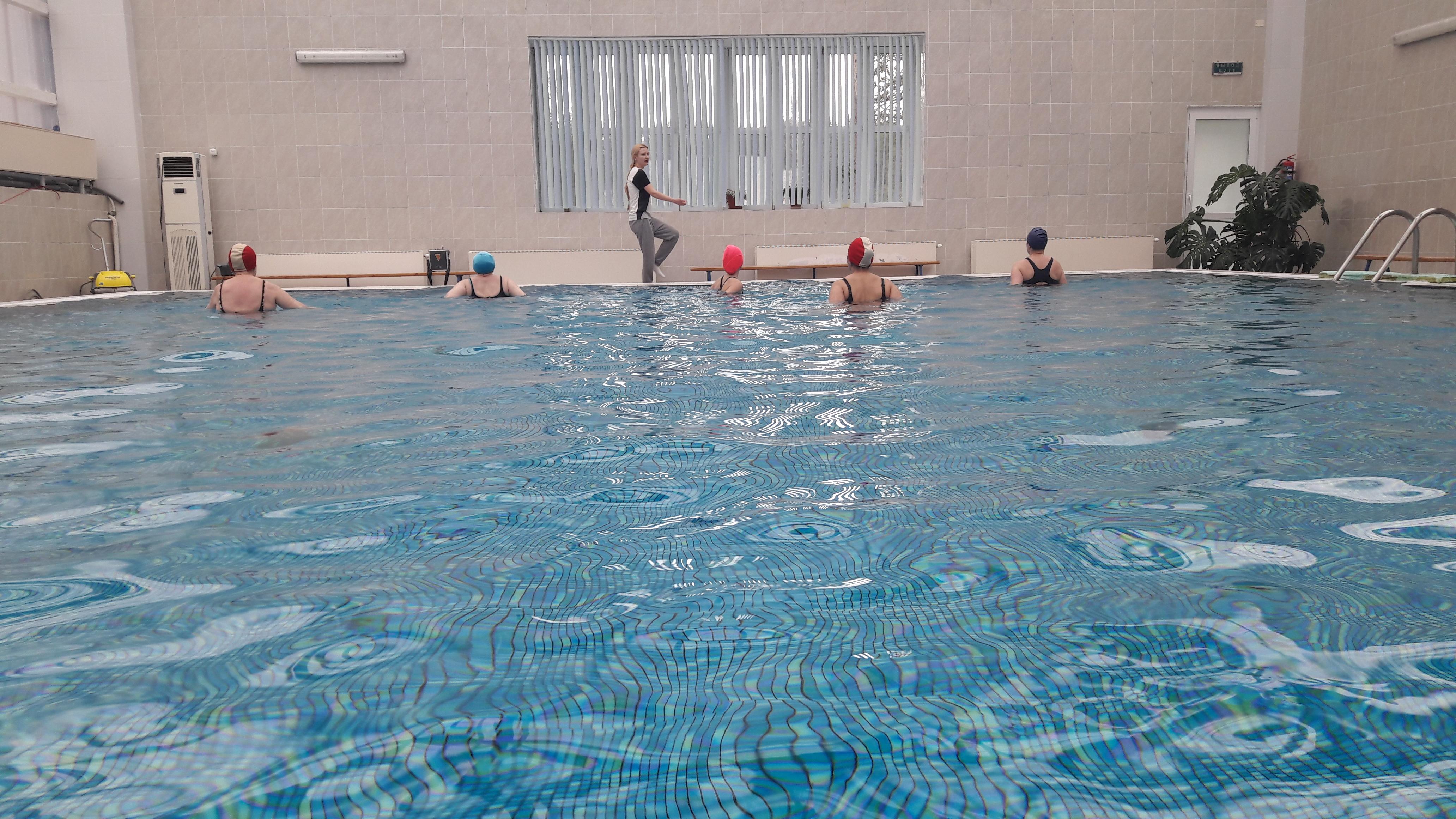 графики иллюстраций санаторий белый камень бассейн фото участки берегу озера