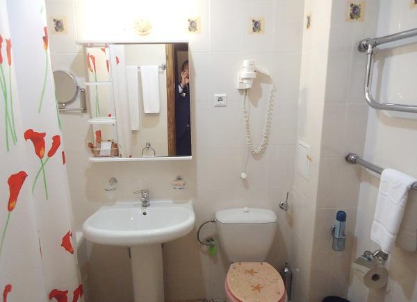 Люкс 2-местный 3-комнатный корпус 8 (4)