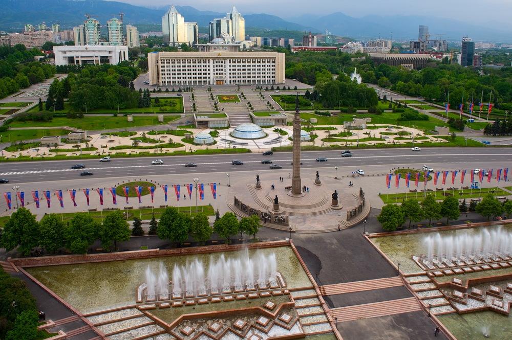 Площадь_Республики (Алматы)