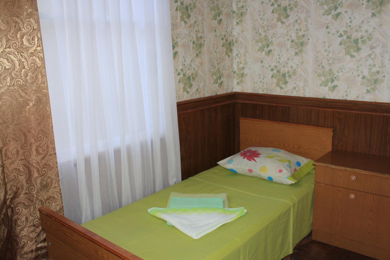 Эконом 1-местный 1-комнатный (без удобств, вид на горы)