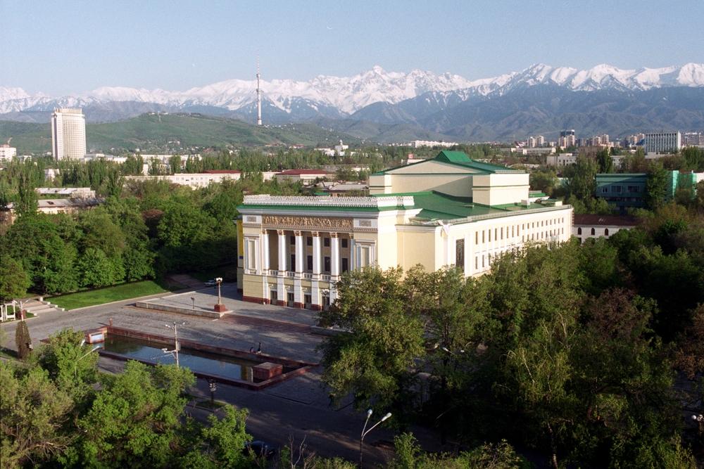 Театр_оперы_и_балета_им_Абая