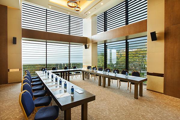 Малый зал для переговоров