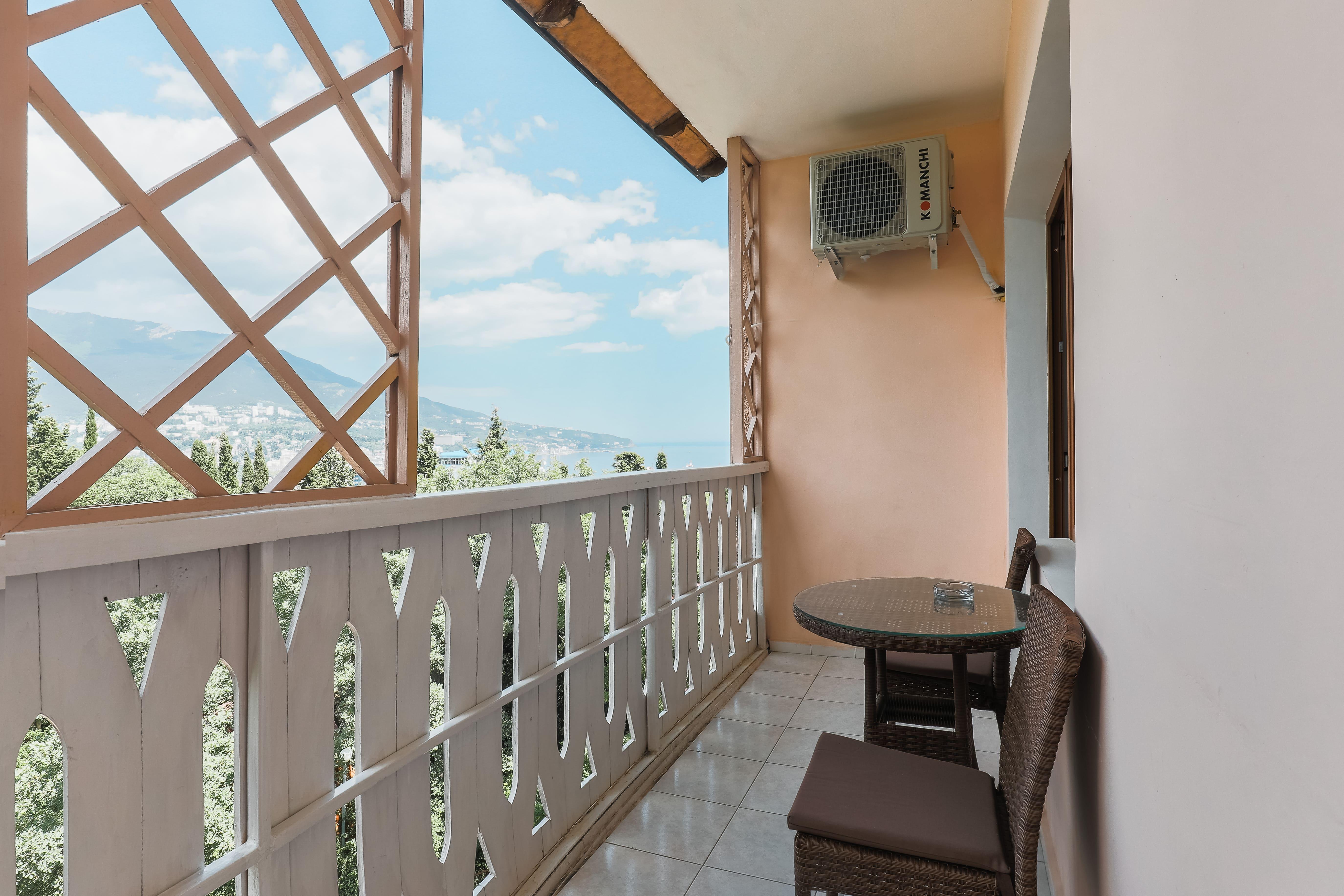 последнее отель муссон ялта фотографии номеров фото современных спален
