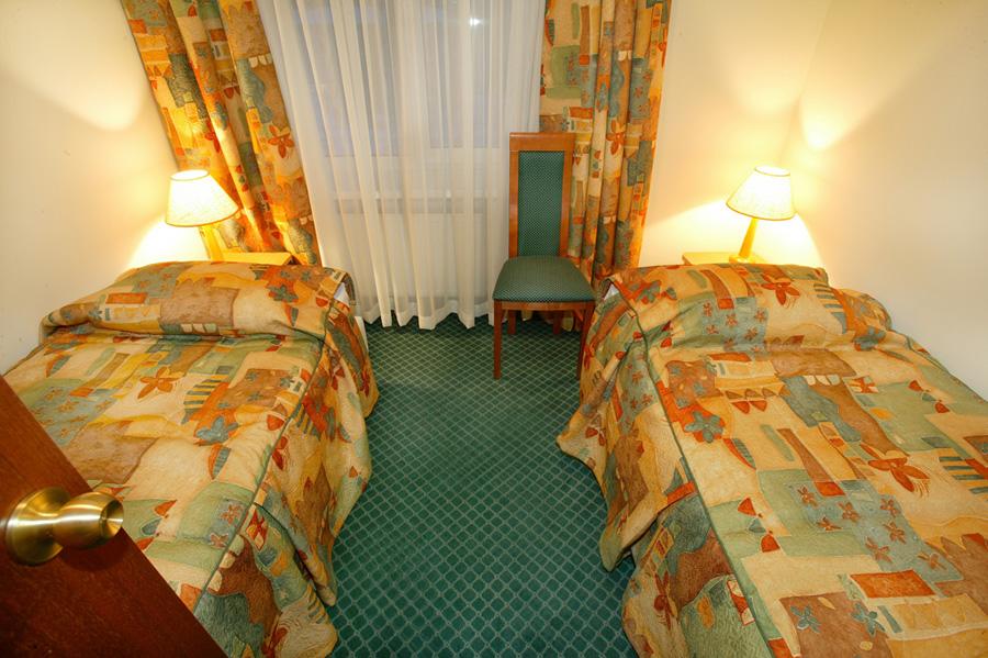 Семейный 2-местный 2-комнатный (без балкона)